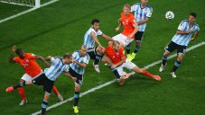 بازی خاطره انگیز هلند - آرژانتین جام جهانی 2014