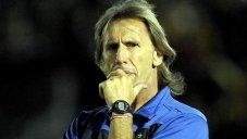واکنش مربی آرژانتینی پرو به انتقادات تند مسی
