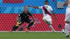 پنالتی از دست رفته پرو توسط کوئوا، مقابل دانمارک