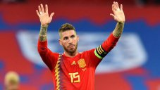 گل دوم اسپانیا به انگلیس (راموس)
