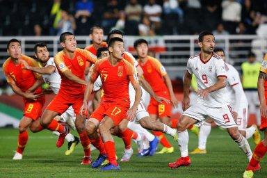 از گاف سرمربی شیلی تا تبعید مدافع چین به لیگ دسته دو