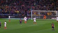 گل سوم بارسلونا به سویا(دبل کوتینیو)