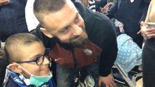 عیادت دهروسی از یک مرکز درمانی کودکان در ایتالیا