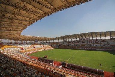 تست صدا در ورزشگاه فولاد آرنا یک روز قبل از افتتاح
