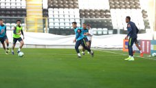 شروع تمرینات آماده سازی تیم ملی برزیل (28-12-97)