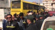 ورود تیم سپاهان به ورزشگاه شهید وطنی