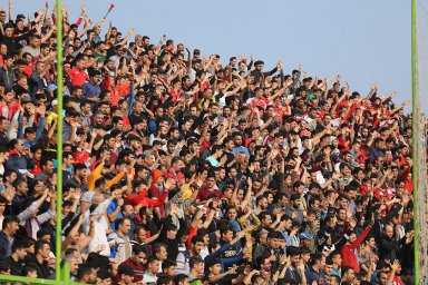 عدم آمادگی ورزشگاه وطنی و نگرانی هواداران نساجی