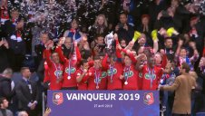 مراسم اهدای جام قهرمانی به تیم رن (جام حذفی فرانسه)