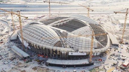 نمایی از آماده سازی ورزشگاه زیبای الوکره قطر برای جام جهانی
