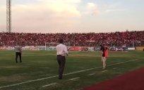 تشویق برانکو در ورزشگاه و واکنش سرمربی پرسپولیس به هواداران