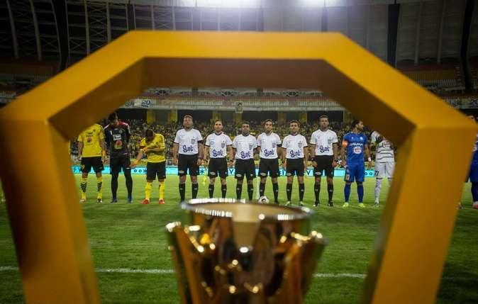 کلیپ بازی آخر تیم سپاهان در استادیوم نقش جهان