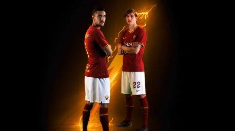 رونمایی از لباس اول تیم آ اس رم در فصل 20-2019