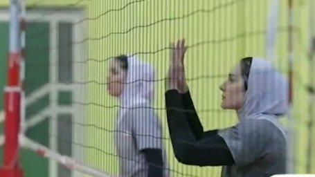 بانوان والیبالیست تیم ملی در راه آسیا