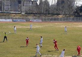 رقابت حساس راهیاب ملل برابر ذوبیها در فوتبال بانوان