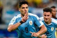 سوارز و بازی برای اروگوئه با انگشت شکسته