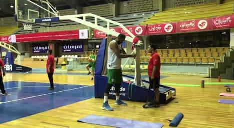 تمرینات اختصاصی حامد حدادی در تالار بسکتبال آزادی