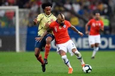 گل ویدال مقابل کلمبیا هم مردود اعلام شد