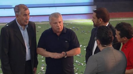 کنایه علی پروین به هزینه میلیاردی باشگاهها