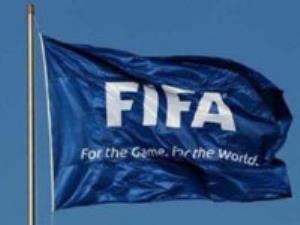 باشگاهها از ترس قوانین فیفا با آرات قرارداد نمیبندند!