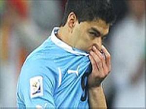 10 سال از یکی از بهترین سیوهای جام جهانی توسط سوارز گذشت!