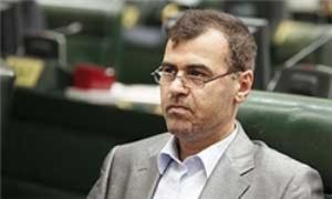 نجفنژاد: وزیر هر ساعت در کار ما دخالت میکند