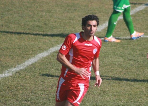 حاجتی با راهیان کرمانشاه تمدید کرد