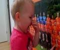 ۲ ساله هلندی همه را می شناسد