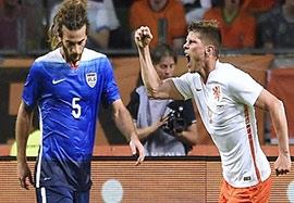 هلند ۳-۴ امریکا (زدن دو گل در یک دقیقه)