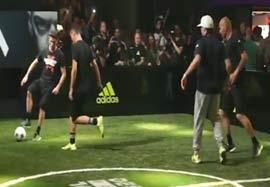 مسابقه دیدنی مهارت فوتبالی زیدان و پسرش مقابل هررا