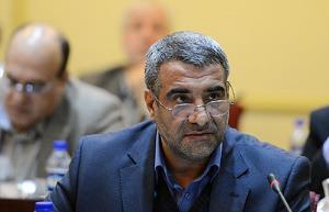 حسنی خو از حراست وزارت ورزش کنار رفت
