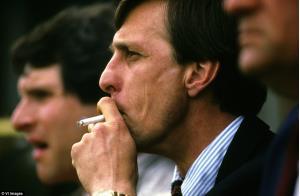 ستاره های سیگاری مشهور تاریخ فوتبال