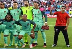 عکس تیمی پرتغالیها درکنار توپ جمع کن!