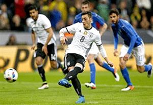 عملکرد مسعود اوزیل در یورو 2016