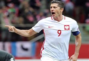 خلاصه بازی لهستان 3-2 دانمارک (هتریک لواندوفسکی)