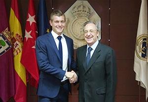 تمدید قرارداد کروس با رئال مادرید تا سال 2022