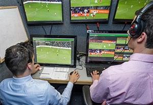ویدیو چک؛ تکنولوژی مفید یا مضر در فوتبال