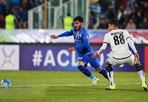 خلاصه نیمه نخست بازی استقلال 0-0 السد