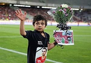 اعتراض پدر هادی نوروزی به جشن قهرمانی بدون هانی