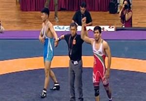 کسب مدال طلا احسان پور در کشتی آزاد قهرمانی آسیا