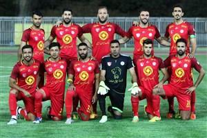علی کریمی 11 بازیکن نفت را مشخص کرد