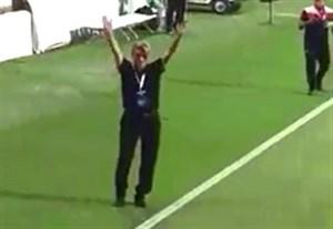 ابراز احساسات برانکو به هواداران پرسپولیس در ورزشگاه بن زاید