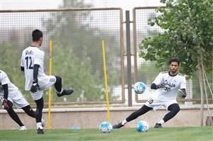 جدال از راه دور حسینی و مظاهری برای تیم ملی