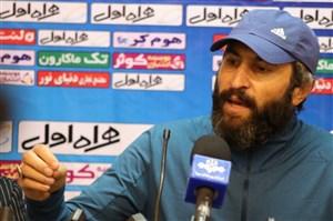 علی لطیفی: استقلال با محمود فکری موفق میشود