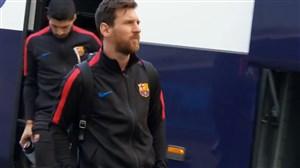 ورود بازیکنان بارسلونا به ورزشگاه سانتیاگو برنابئو