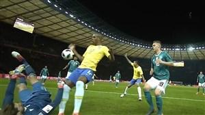 گل اول برزیل به آلمان(گابریل ژسوس)