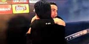 در آغوش گرفتن بوفون توسط رونالدو حین مصاحبه بعد از  بازی دیشب