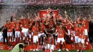 بالا بردن جام قهرمانی لیگ برتر ایران توسط هانی نوروزی