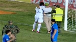 ورود جیمی جامپ در جریان بازی استقلال و خونه به خونه