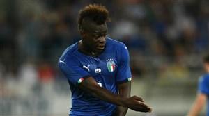بالوتلی از فهرست ایتالیا مقابل پرتغال خط خورد