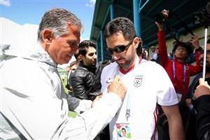 برخورد گرم کیروش با هواداران ایرانی